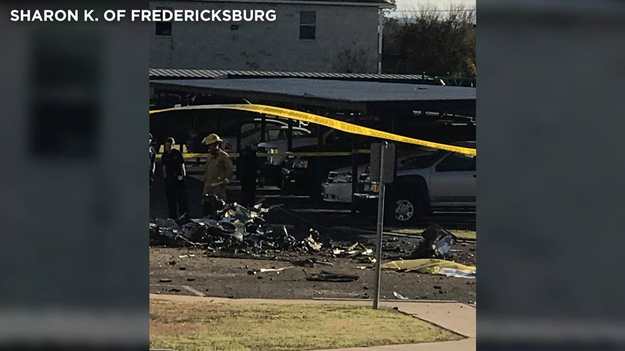 2 killed in Fredericksburg WWII fighter plane crash identified