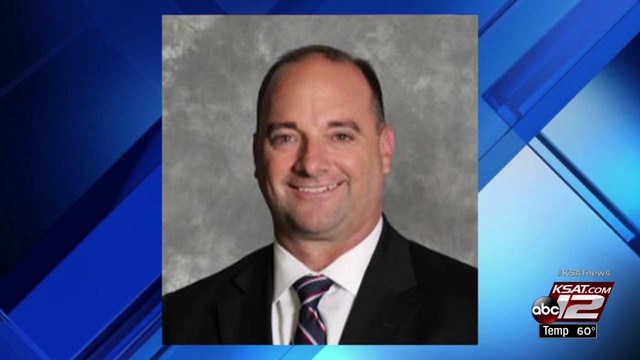 La Vernia cheerleader reported superintendent to police