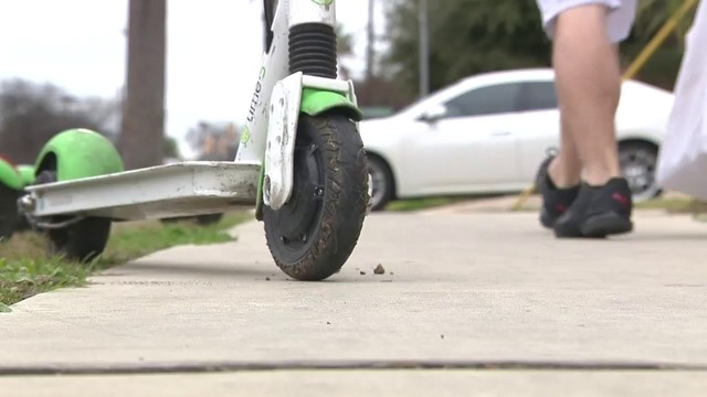 Riding scooters on sidewalks no longer allowed in SA