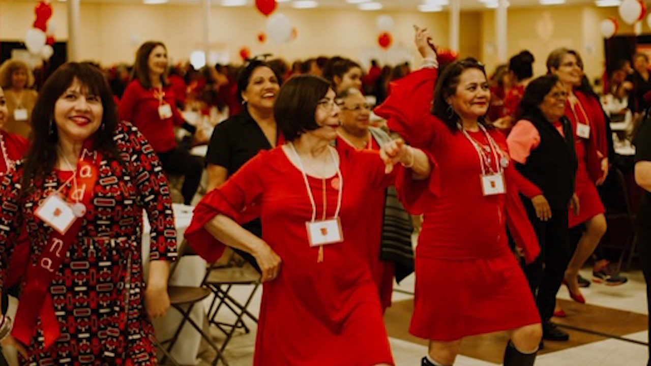 Vestido Rojo Aims To Motivate Teach Women About Living