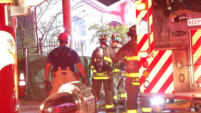 Firefighters stop shed fire from damaging two Southwest Side homes