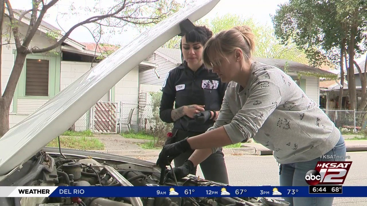 Female Automotive Mechanic Teaches Other Sa Women How To
