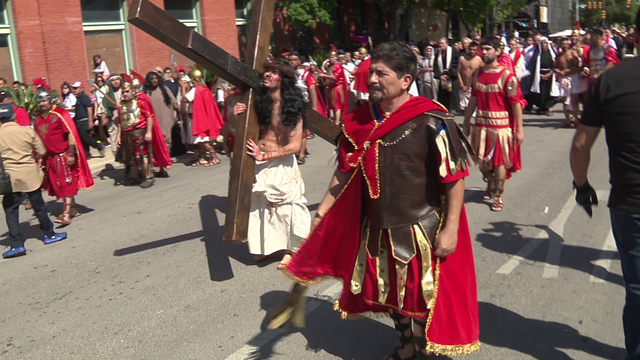 Passion Play draws thousands to downtown SA