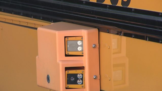State bill aims to ban use of school bus stop-arm cameras, red light cameras