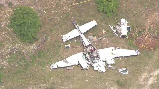 6 people killed in plane crash near Kerrville identified
