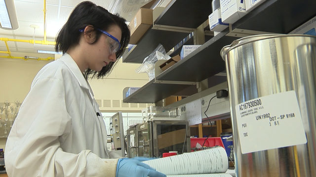 UTSA student researches depression treatments in memory of her father