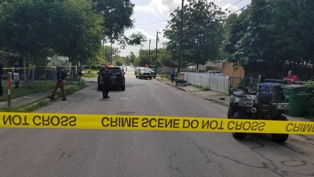 Family fight ends with 1 dead, 1 in custody