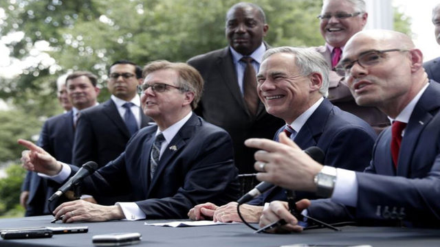 Texas Gov. Greg Abbott announces $1.6B deal for teacher raises