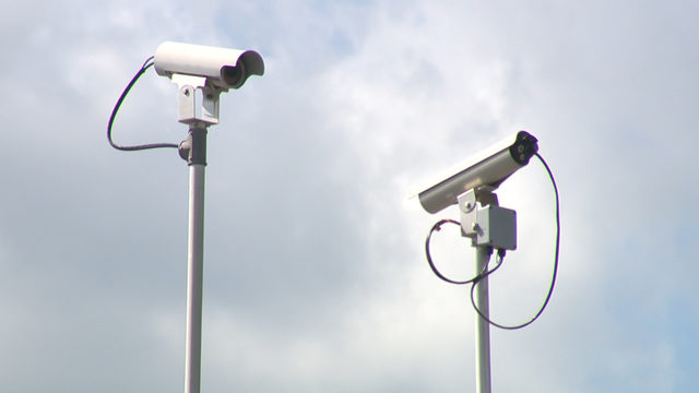 Local cities concerned after Gov. Abbott signs bill outlawing red-light cameras