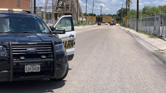 SAPD: Man fatally struck by train