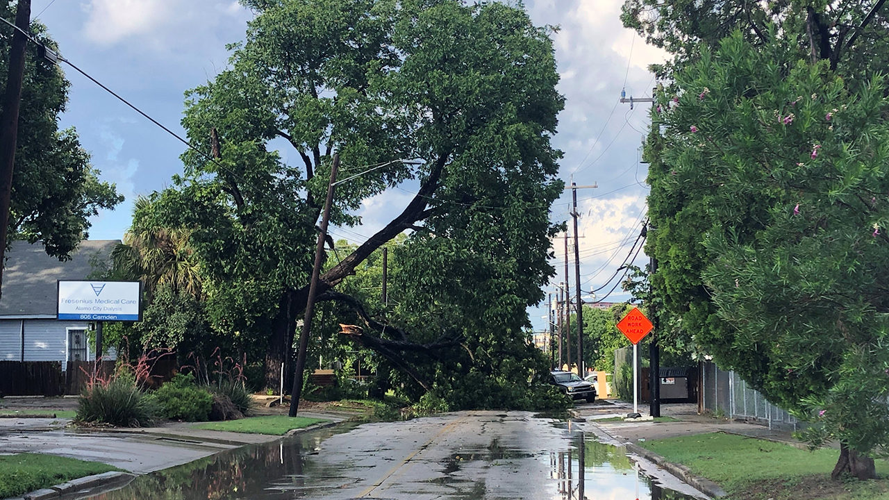 Wind damage reported after storms roar through San Antonio