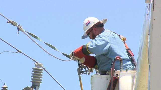 CPS scrambles to fix outages on hottest day of 2019 so far