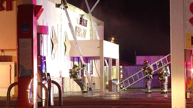 Several fire departments battle restaurant blaze in East Bexar County