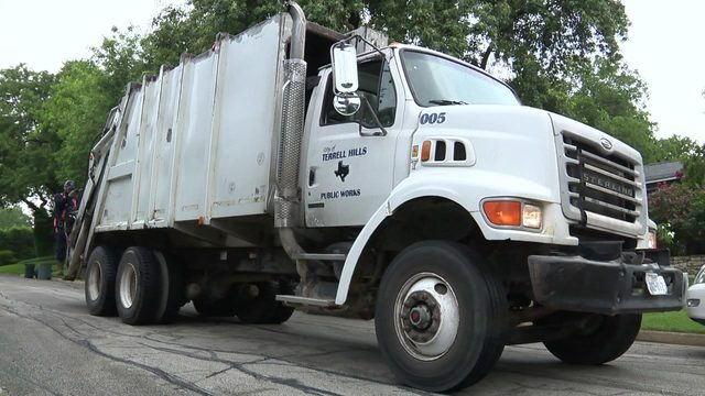 Olmos Park, Terrell Hills ask residents to cut back on recycling due to…