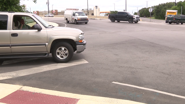 Blind curve, intersection worries Helotes drivers