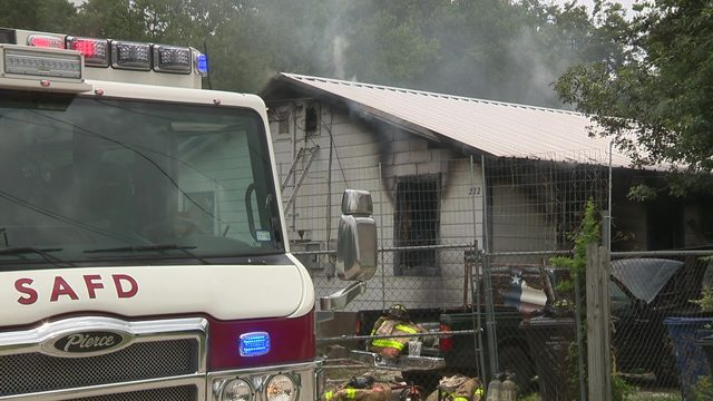 2 dogs killed in duplex fire north of downtown