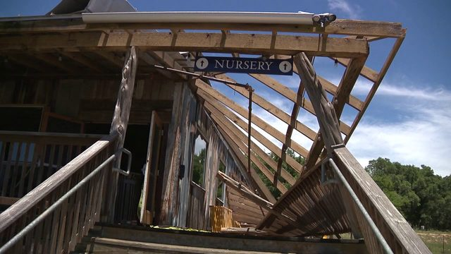 Bulverde church damaged in overnight storm