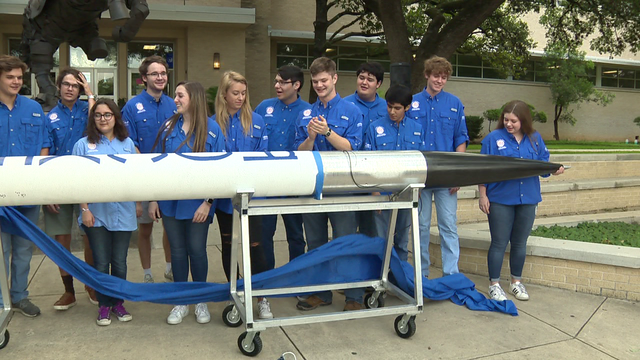 Alamo Heights students to launch 20-foot rocket in New Mexico