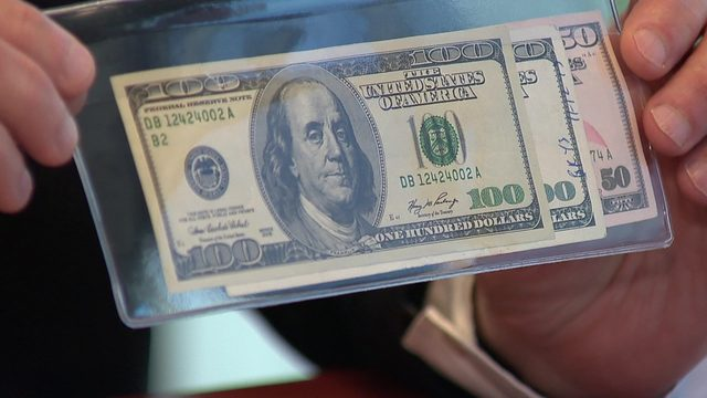 Man warns others after receiving phony bills during yard sale