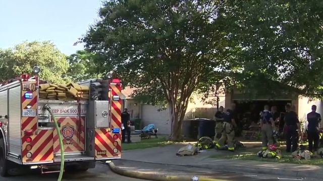 Dog killed in fire on Northeast Side