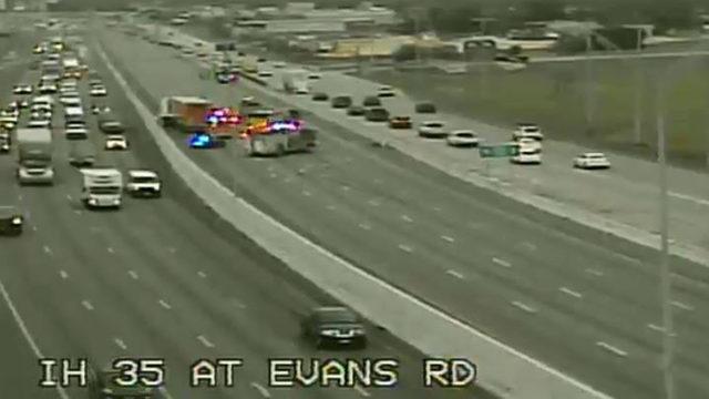 SB I-35 at Evans Road reopens after early-morning crash