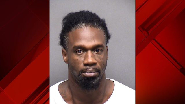BCSO: Man threatens to kill girlfriend with dumbbell, knife
