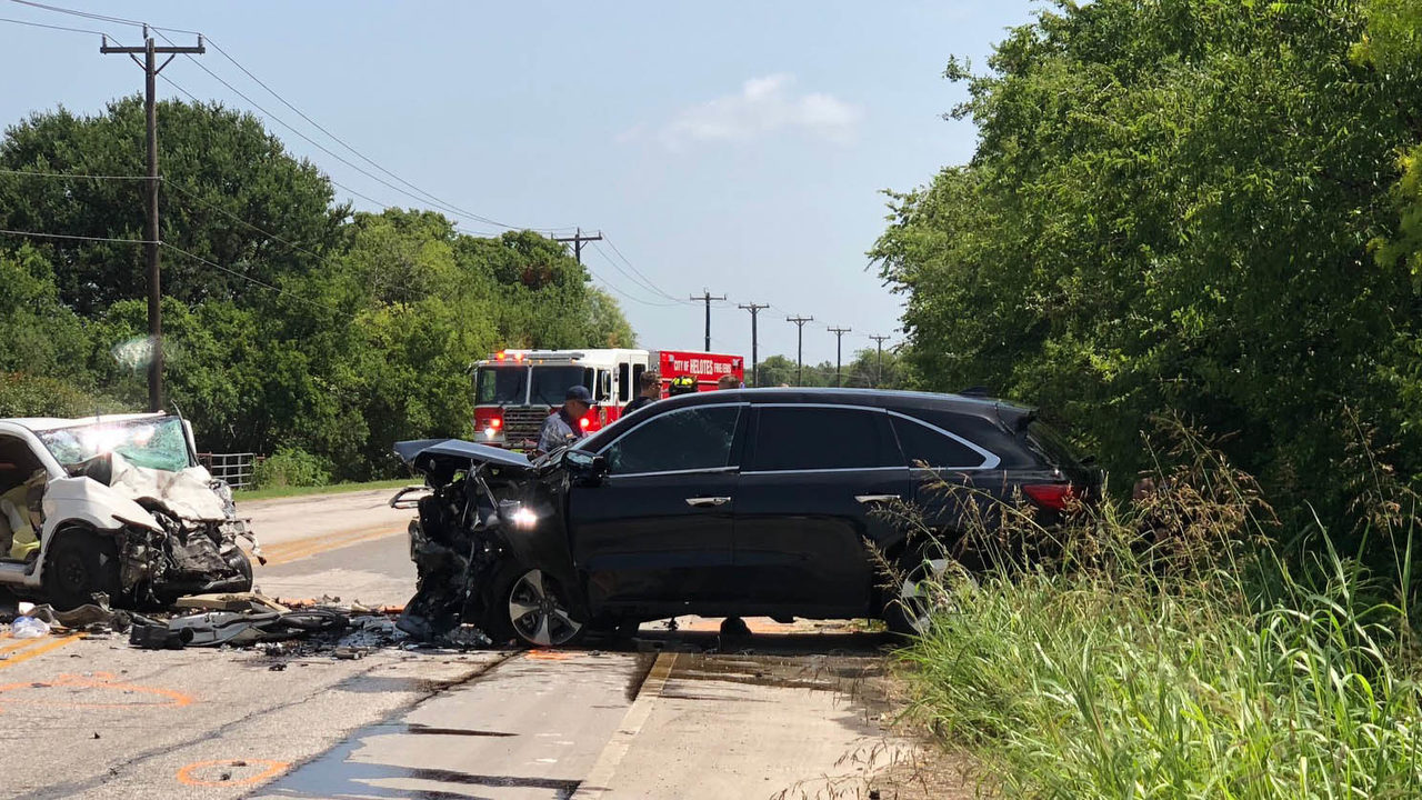 Driver, 3-year-old child killed in head-on crash in Far