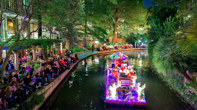 WATCH LIVE: Ford Holiday River Parade Press Conference