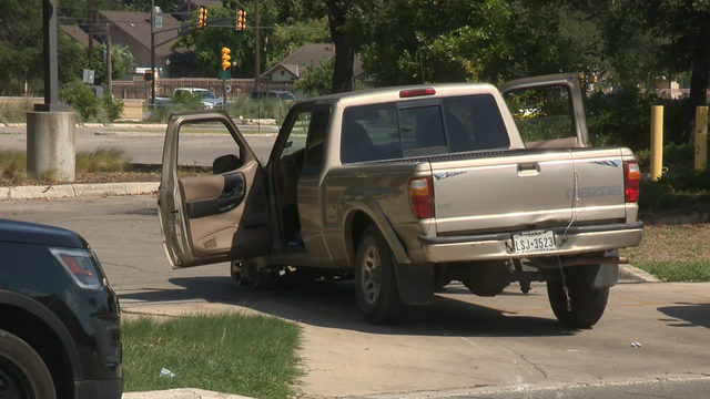 Burglary suspect arrested after truck loses front tire, police say