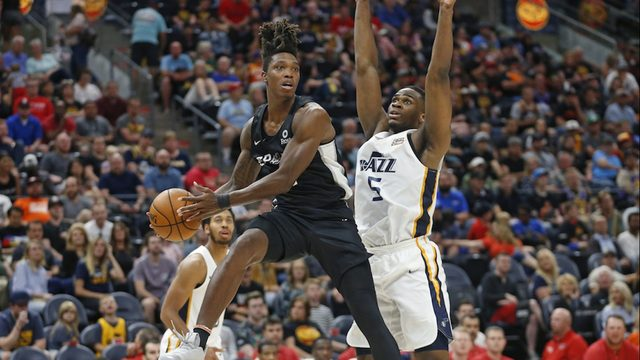 Lonnie Walker named to Summer League team after breakout performances