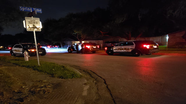 SAPD: 3 teens in custody after carjacking, robbery on NW Side
