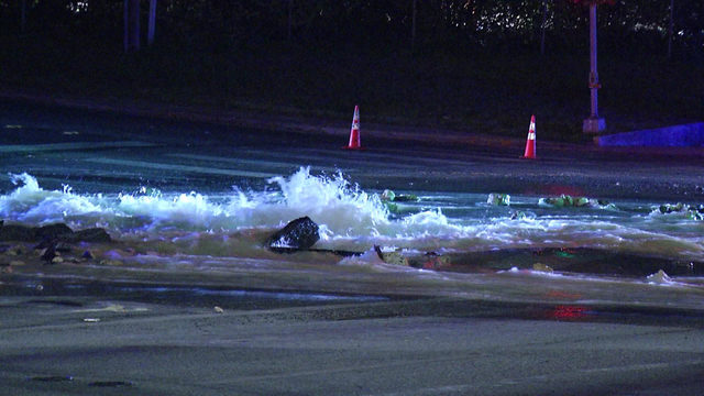 Crews work to repair water main break on NW Side