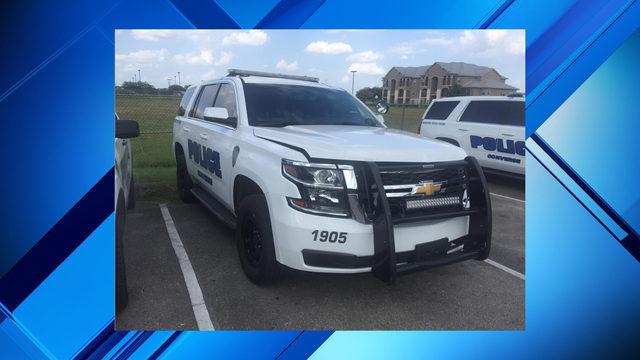 Boy, 10, in stolen truck flees police, rams cruiser in San Antonio area