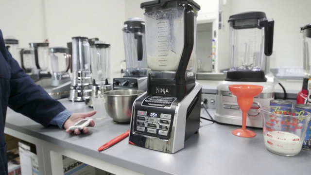 Which home blenders create great frozen concoctions?