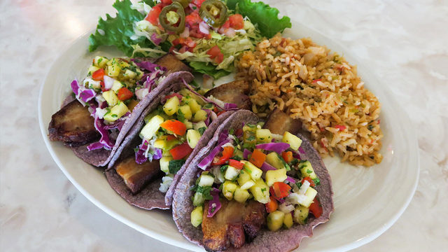 Annual Green Chile Festival brings limited menu items to Chuy's