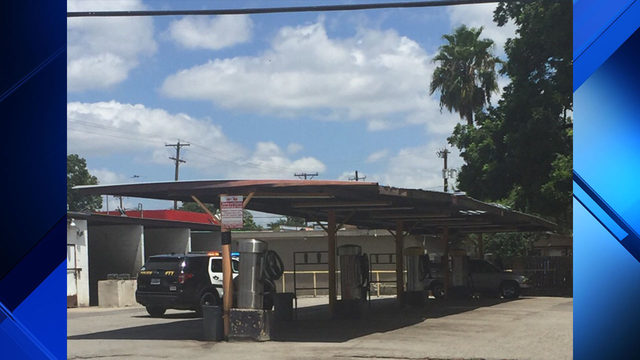 65-year-old man shot at West Side car wash