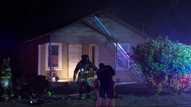Dumpster fire spreads, damages two Southeast side homes