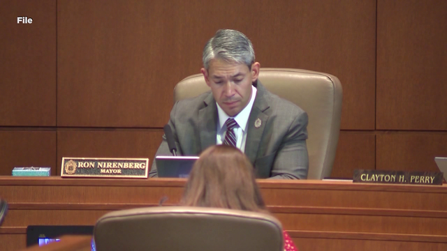 Nirenberg opposes proposed delay of paid sick leave ordinance