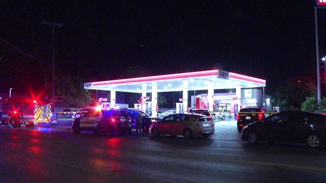 77-year old man dies after being shot in face at San Antonio gas station