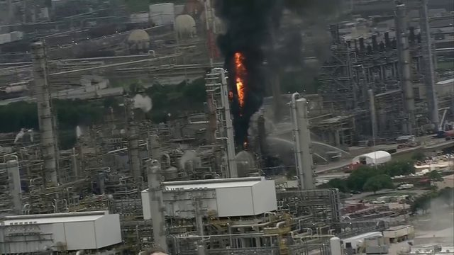 6 injured after fire breaks out at Houston-area Exxon Mobil