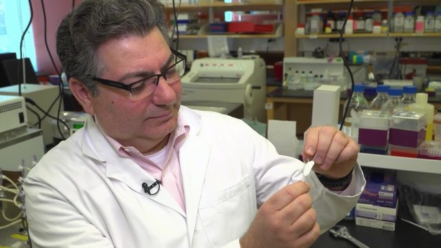 Implantable device senses low glucose, delivers insulin