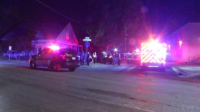 SAPD: Man steals pickup truck, crashes into portable building