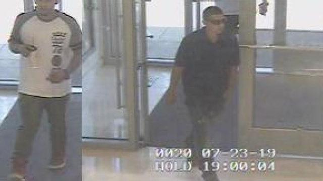 SAPD: 2 men brandishing handgun steal designer purses from Neiman Marcus