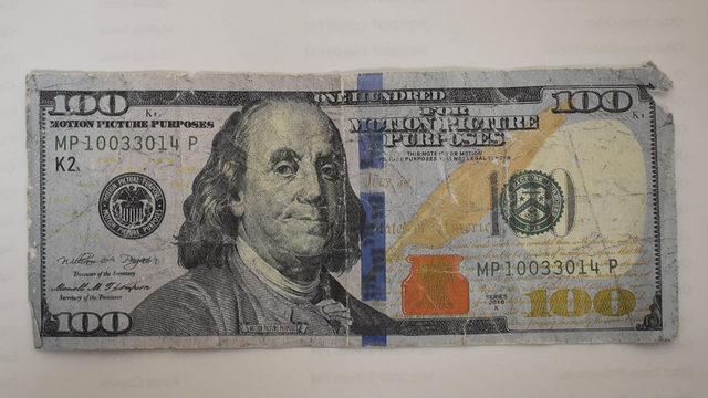 PICS: New Braunfels residents getting 'fooled by fake movie money'