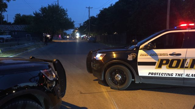 Shooting call west of downtown San Antonio turns into standoff