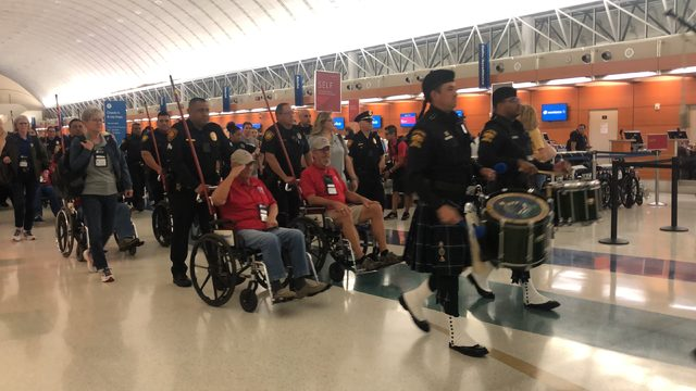 Veterans elicit cheers, tears while being honored at San Antonio airport
