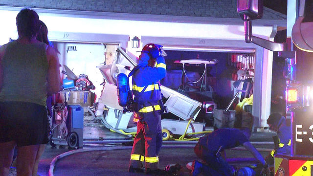 Golf cart catches fire in NW Side apartment garage