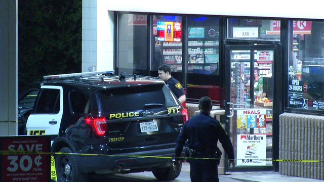 Man wielding handgun robs Circle K convenience store, police say