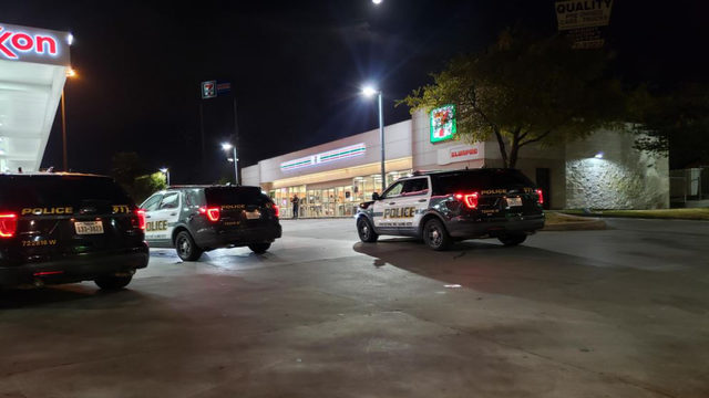 Beer thieves get away from West Side 7-Eleven despite punctured tire