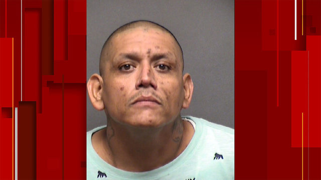 SAPD: Man with 'violent tendencies' threatened woman up to 60 times at…
